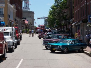 Car Cruise on Front Street during Heritage Days.